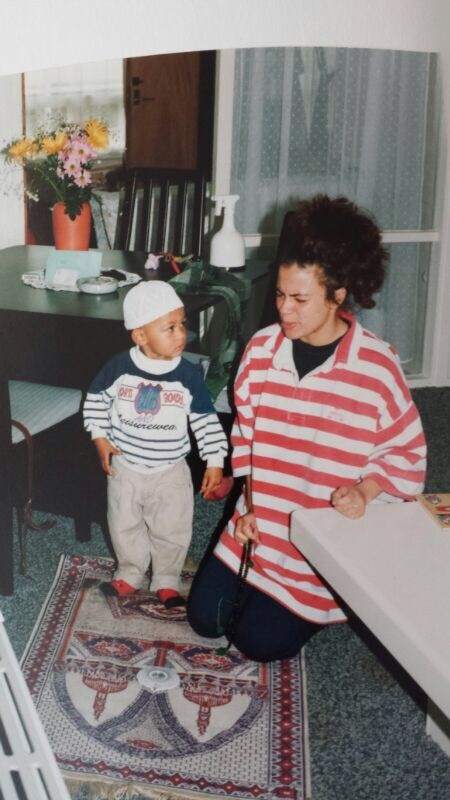 Adorable Iso with his mother